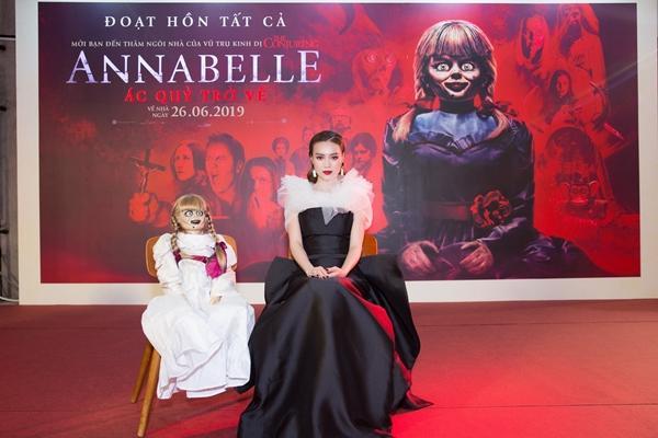 Ninh Dương Lan Ngọc và dàn sao Việt chào đón sự trở lại của búp bê quỷ ám Annabelle-2