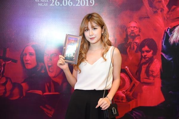 Ninh Dương Lan Ngọc và dàn sao Việt chào đón sự trở lại của búp bê quỷ ám Annabelle-8
