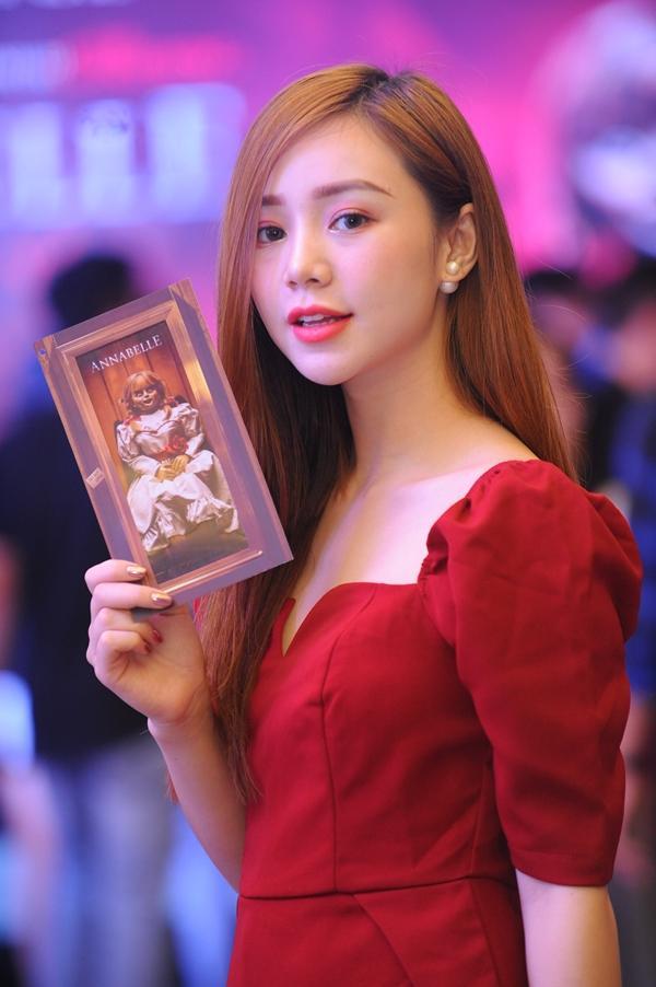 Ninh Dương Lan Ngọc và dàn sao Việt chào đón sự trở lại của búp bê quỷ ám Annabelle-7