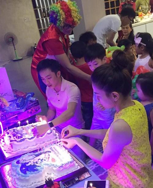 Dù gia đình ly tán, Subeo vẫn được tận hưởng 5 sinh nhật trọn vẹn với sự hiện diện của cả bố lẫn mẹ-2