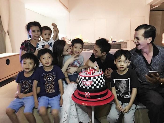 Dù gia đình ly tán, Subeo vẫn được tận hưởng 5 sinh nhật trọn vẹn với sự hiện diện của cả bố lẫn mẹ-5