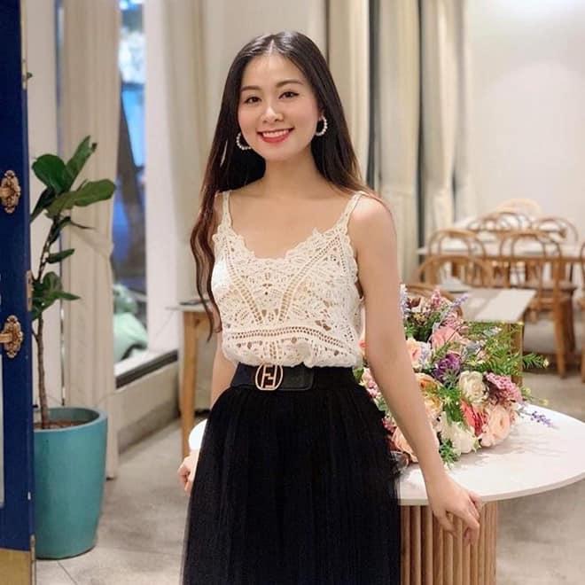 Cả mạng xã hội đang náo loạn trước loạt ảnh về nữ giám thị ở Nghệ An mặt đã đẹp body còn cực nóng bỏng-3