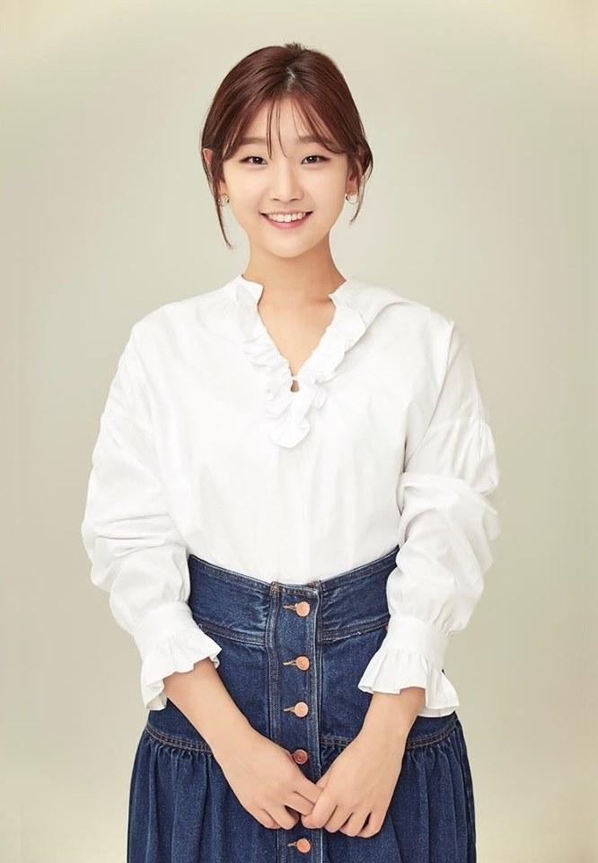 Song Hye Kyo gây thương nhớ khi xuất hiện với mái tóc dài nữ tính-9