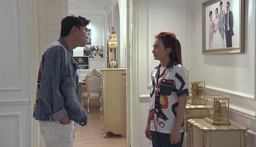 Vũ nhắc lại hợp đồng hôn nhân với Thư khi đi gặp gái đẹp trong tập 52 Về Nhà Đi Con-1