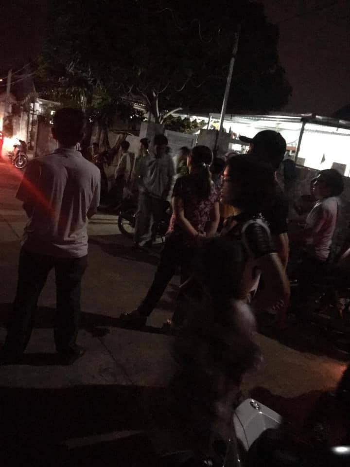 Chồng đánh vợ, đốt nhà rồi cứa cổ tự sát ở Ninh Bình-2