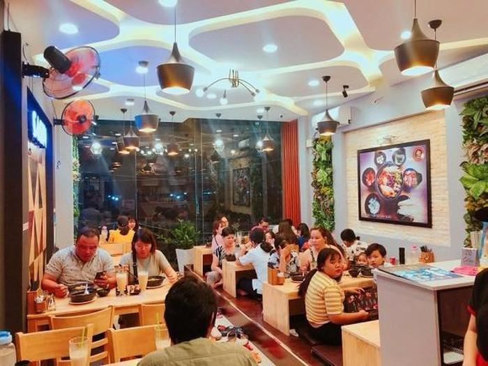 Diễn viên đại gia Quốc Trường sở hữu 100 quán ăn, ở nhà 25 tỷ, cát xê cao ngất-6