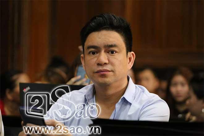 Clip sốc: Mẹ vợ tố Chiêm Quốc Thái CÔN ĐỒ, ĂN CƯỚP ngay tại sảnh tòa án sáng nay-2