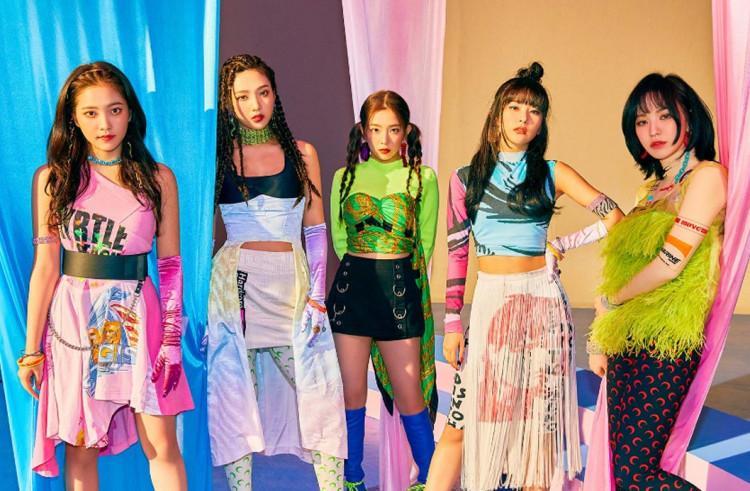 SIÊU ĐỘC: Red Velvet gọi team 500 anh em vào video vũ đạo có 1-0-2, xinh đẹp nữ thần dù ăn mặc cực giản dị-1