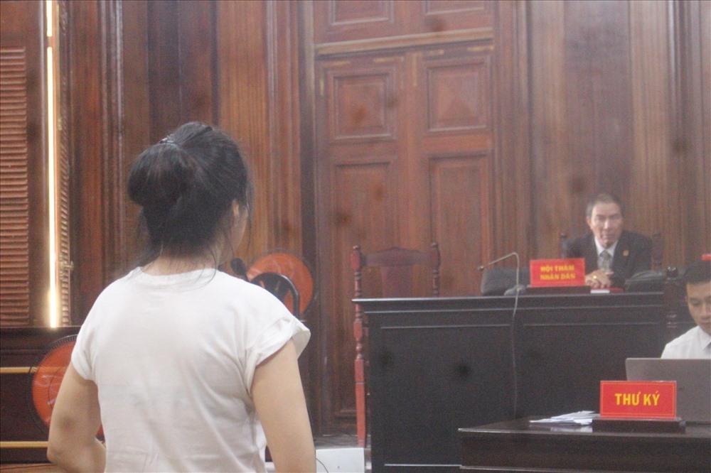 Vợ cũ bị tuyên 18 tháng tù, bác sĩ Chiêm Quốc Thái muốn kháng cáo-1