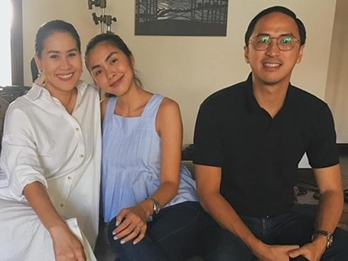 Tin sao Việt: Tăng Thanh Hà đưa chồng đi ủng hộ Thân Thúy Hà