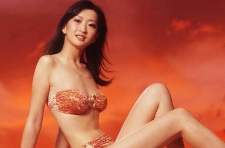 Á hậu Hong Kong rời showbiz vì bị ép tiếp khách-1