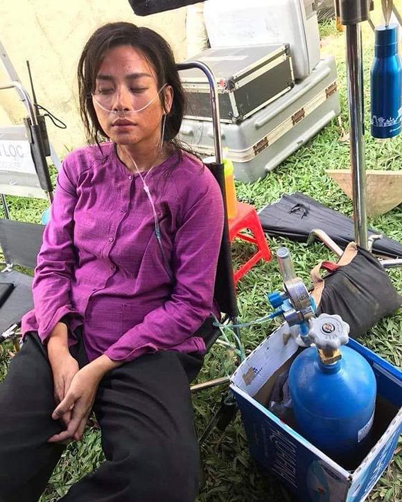 Sao Việt ngâm bùn, tắm sông thối khi đóng phim-2