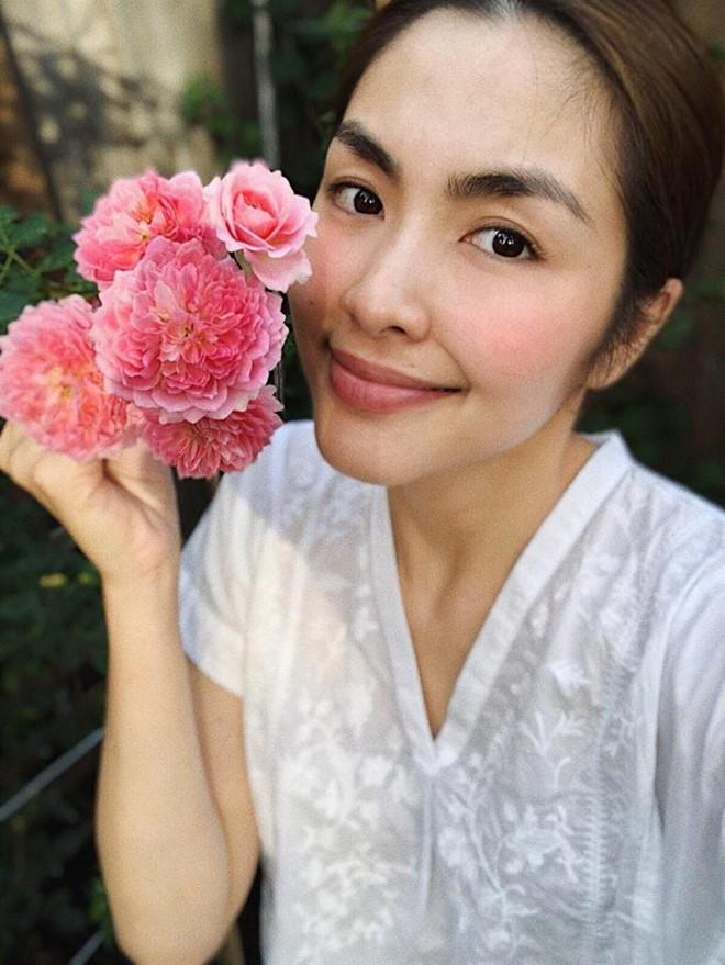 Nhan sắc mộc mạc của Tăng Thanh Hà ở tuổi 33-6