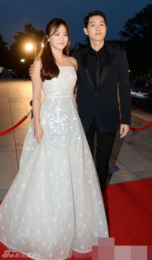 Tua lại những ngày tháng mật ngọt Song Joong Ki - Song Hye Kyo trước khi trình đơn ly dị-9