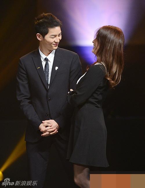 Tua lại những ngày tháng mật ngọt Song Joong Ki - Song Hye Kyo trước khi trình đơn ly dị-11