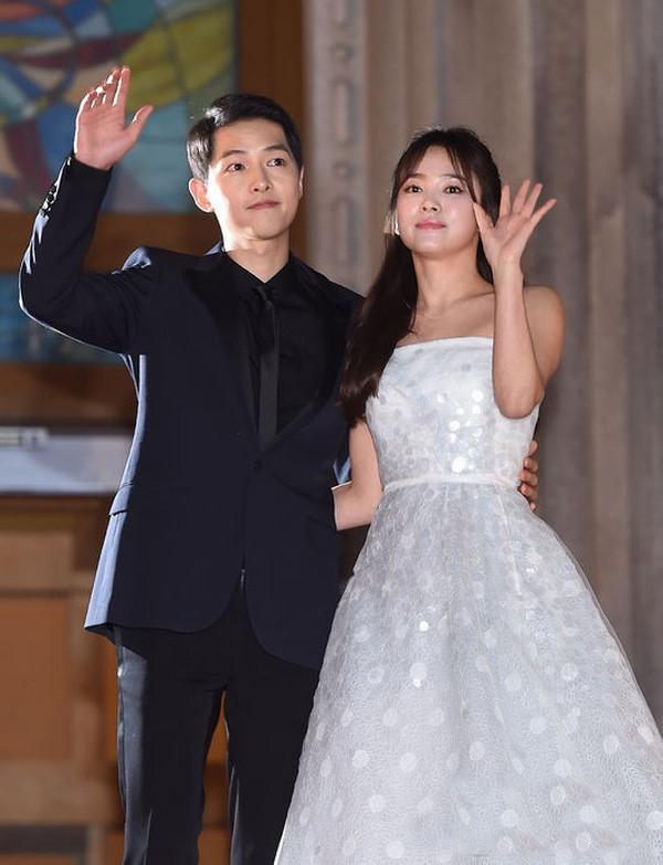 Tua lại những ngày tháng mật ngọt Song Joong Ki - Song Hye Kyo trước khi trình đơn ly dị-10