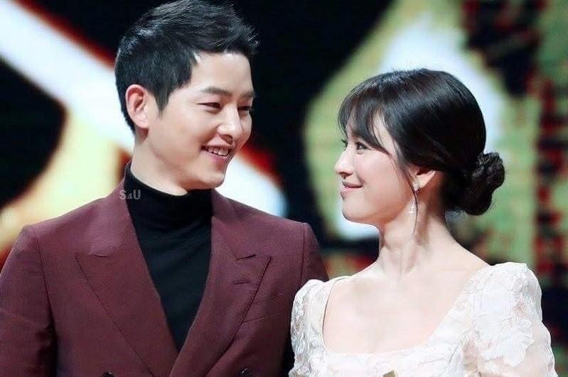Tua lại những ngày tháng mật ngọt Song Joong Ki - Song Hye Kyo trước khi trình đơn ly dị-14