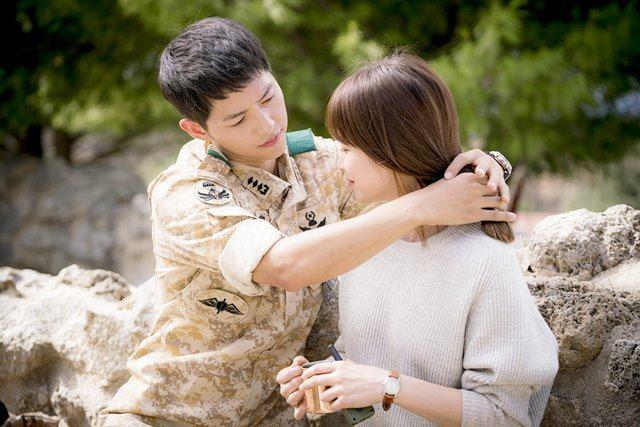Song Joong Ki - Song Hye Kyo ly hôn: Ngôn tình thề non hẹn biển giờ chết yểu theo lá đơn trình tòa-6