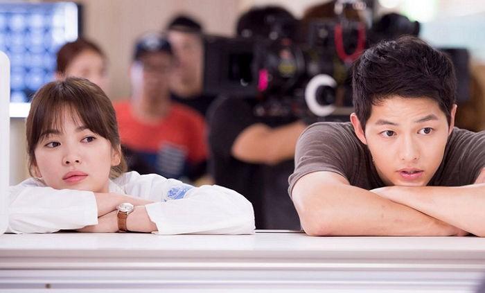 Song Joong Ki - Song Hye Kyo ly hôn: Ngôn tình thề non hẹn biển giờ chết yểu theo lá đơn trình tòa-7