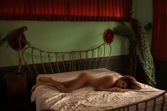 Dàn hậu bạo dạn chụp nude: Kỳ Duyên khiến fan truyền thái y, Ngọc Trinh bạo liệt nhất, Mai Phương Thúy mặc cũng như không-5