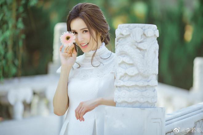 Tiểu Long Nữ Lý Nhược Đồng khóc kể bị đạo diễn gạ tình-2