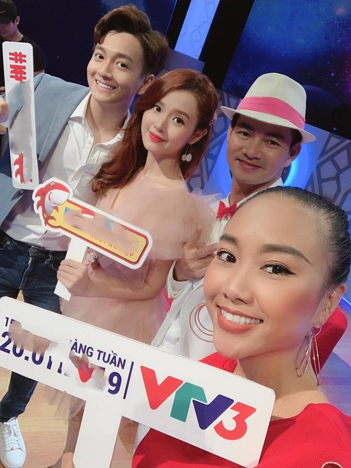 Phan Thành vừa tuyên bố buông bỏ tình cảm, Midu liền được fans khuyên làm điều bất ngờ khi khoe ảnh tham gia gameshow mới-3