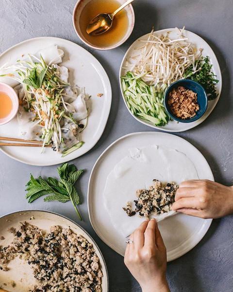 Phóng viên NY Times khen ngợi bánh cuốn truyền thống Việt Nam-4