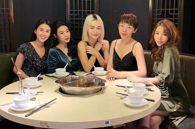 3 nhóm bạn thân chứng minh: Con gái xinh, giỏi thường chơi với nhau-6