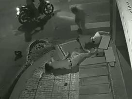 Vinasun lên tiếng vụ cô gái nằm bất động, tài xế xuống nhìn rồi bỏ đi