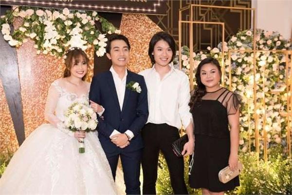 Mới cưới vợ lại dám đăng ảnh mặn nồng trên giường với người yêu cũ, Cris Phan bất ngờ bị Mai Quỳnh Anh đuổi khỏi nhà-5