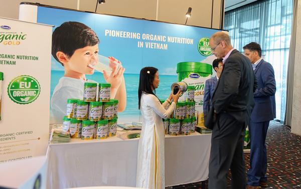 Vinamilk thuyết trình về xu hướng Ogranic tại hội nghị sữa toàn cầu-5