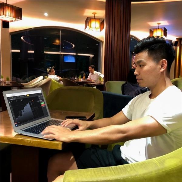 Xôn xao thông tin hậu vệ nổi tiếng của U23 Việt Nam quảng cáo cho mô hình lừa đảo kiểu đánh bạc-8