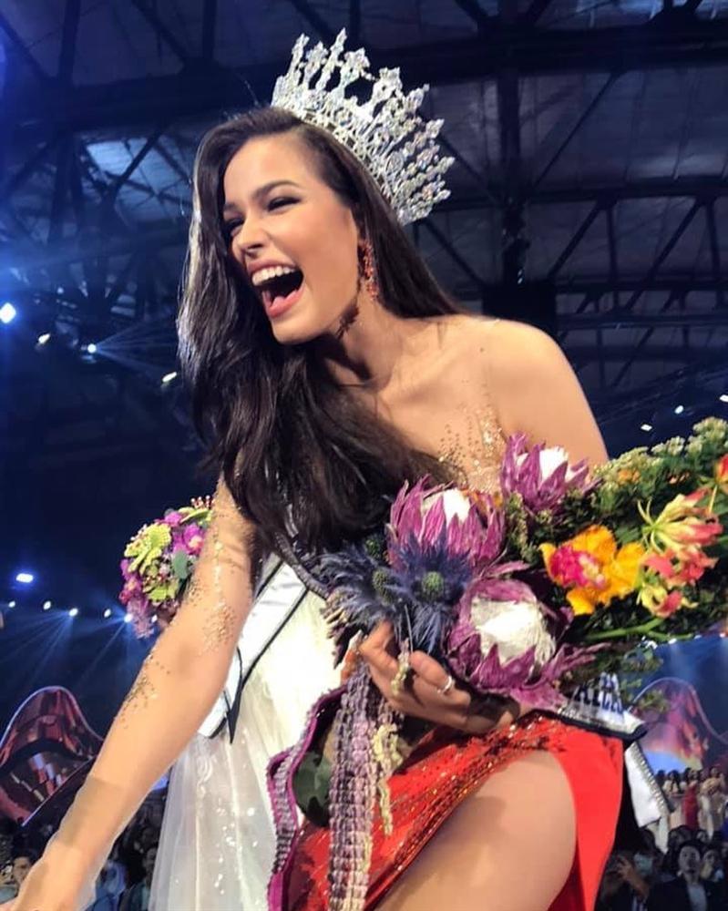 Đã đẹp còn ứng xử nuốt mic, tân Hoa hậu Hoàn vũ Thái Lan đe dọa khả năng intop của Hoàng Thùy tại Miss Universe 2019-4