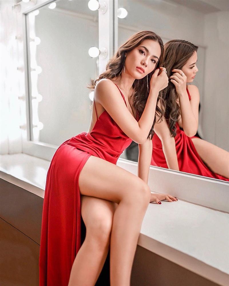 Bản tin Hoa hậu Hoàn vũ 30/6: Hoàng Thùy lên đồ đẹp mắt nhưng chưa đủ xuất sắc để so kè đối thủ Latin-9
