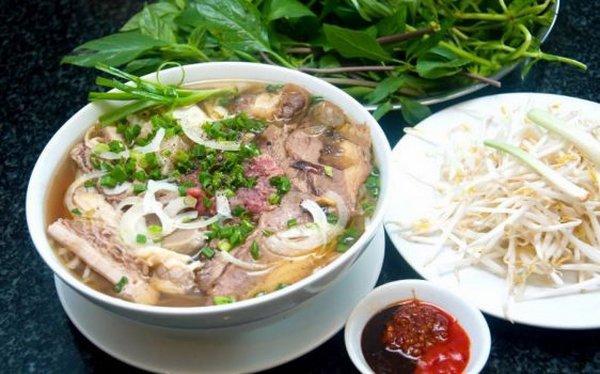 Bánh đúc, phở Lệ có thâm niên lâu đời, nổi tiếng ở Sài Gòn-3