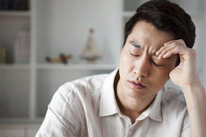 Vạch tội vợ ngoại tình trước mặt cả nhà, một tuần sau chồng quỳ gối xin tha thứ-1