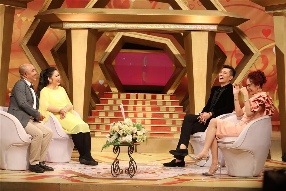 Chồng Lâm Khánh Chi tiết lộ bất ngờ về chuyện chăn gối với bà xã công chúa-1