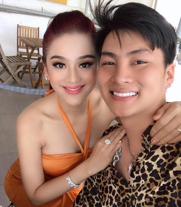 Chồng Lâm Khánh Chi tiết lộ bất ngờ về chuyện chăn gối với bà xã công chúa-2