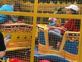 Angelababy đưa con trai đi chơi giữa ồn ào ly hôn Huỳnh Hiểu Minh