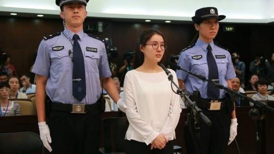 Sao nữ 9X đánh bạc, bán dâm được thả sau 5 năm ngồi tù-2