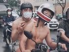 Hai trai đẹp khiến hội chị em ngất lên ngất xuống khi quyết định bán nude chạy xe máy khắp đường phố Sài Gòn