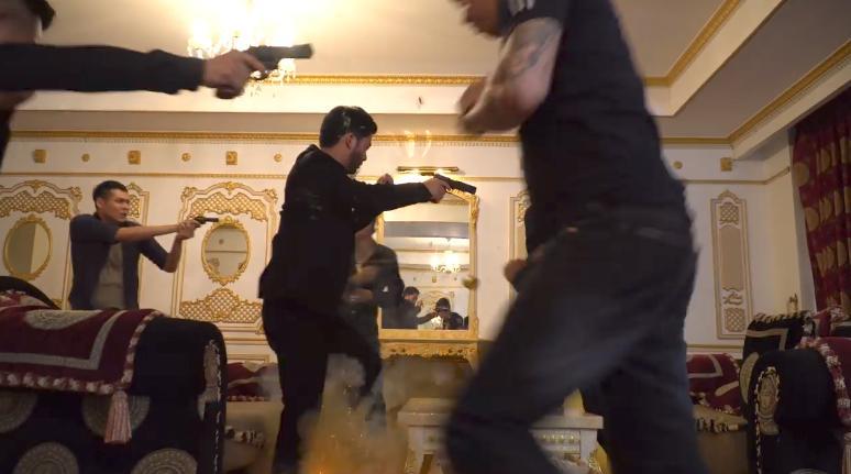 Sự cố cháy bất ngờ khiến cả đoàn phim Mê cung tháo chạy khỏi bối cảnh-2