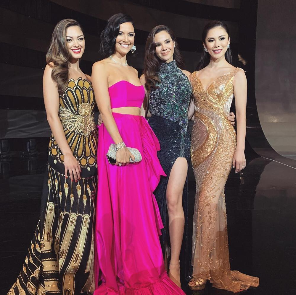 Hết vía với thời trang đã lôi thôi còn sến sẩm, tố cáo hình thể kém hoàn hảo của Hoa hậu Hoàn vũ 2018-9