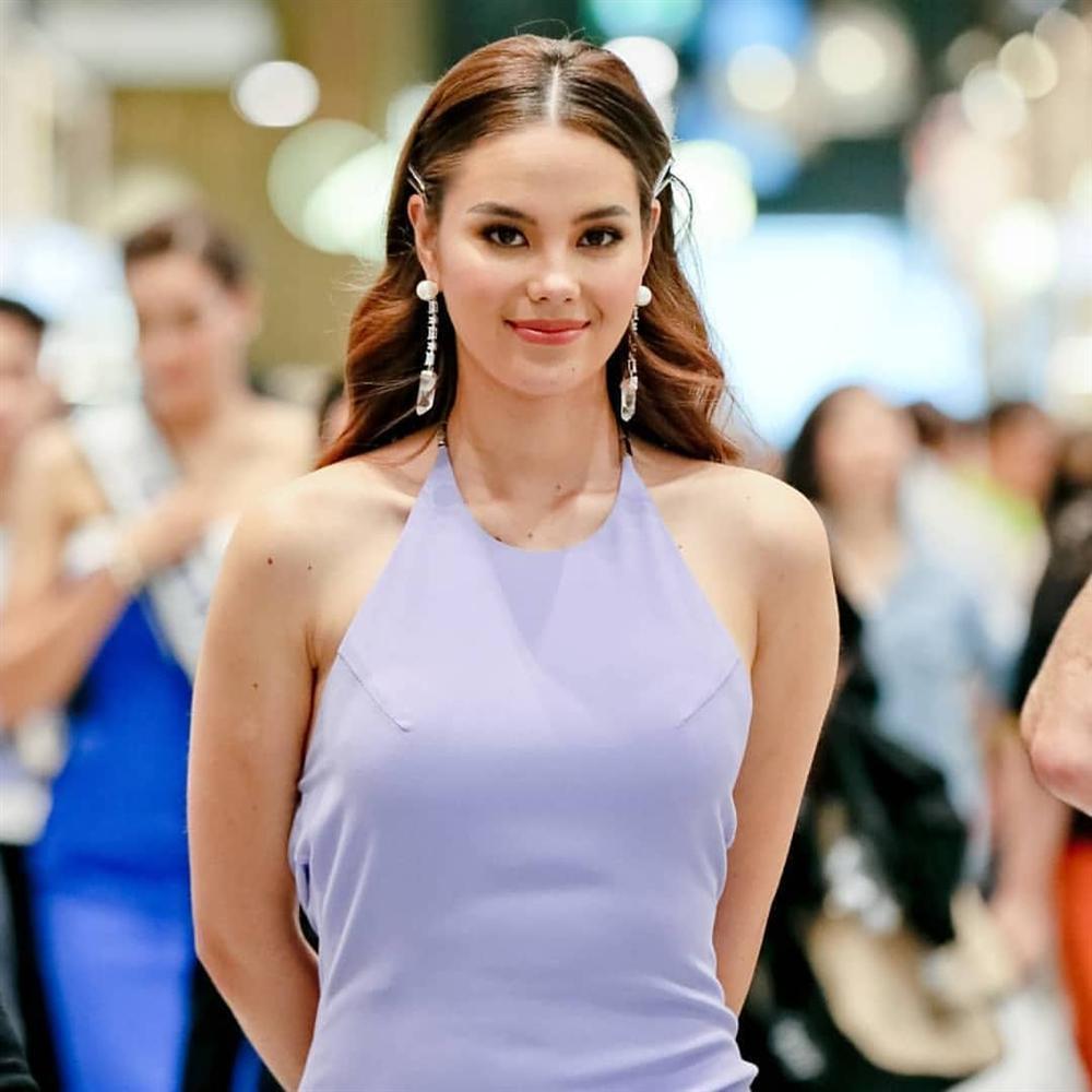 Hết vía với thời trang đã lôi thôi còn sến sẩm, tố cáo hình thể kém hoàn hảo của Hoa hậu Hoàn vũ 2018-4