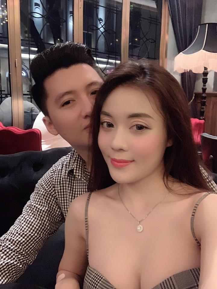 Công khai bị bạn trai cưỡng hôn, nữ giảng viên xinh đẹp khiến ai nhìn cũng mắt chữ A mồm chữ O-6