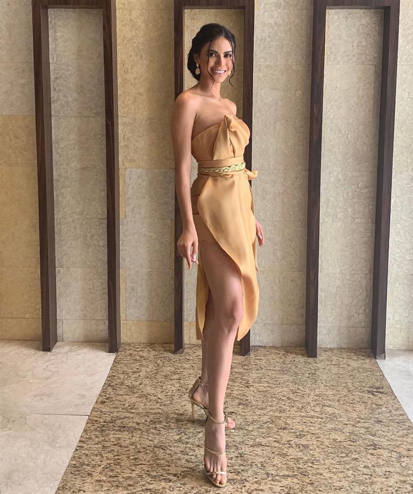 Bản tin Hoa hậu Hoàn vũ 2/7: Đối thủ Philippines cướp spotlight của Hoàng Thùy với thời trang cực đỉnh-2