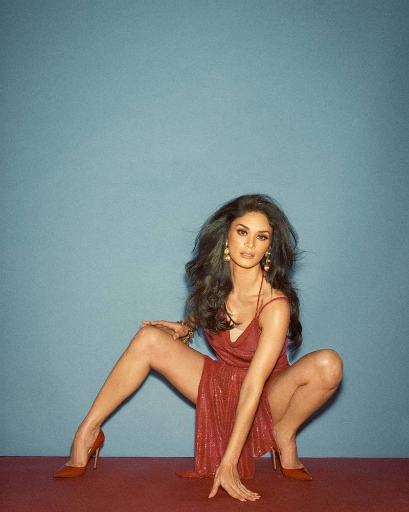 Bản tin Hoa hậu Hoàn vũ 2/7: Đối thủ Philippines cướp spotlight của Hoàng Thùy với thời trang cực đỉnh-7
