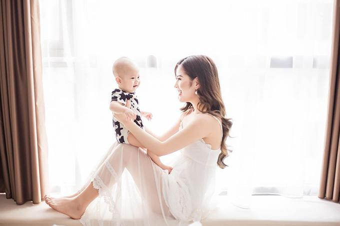 Vợ cũ diễn viên Việt Anh: Mẹ con tôi sống dựa vào tiền bán hàng online-1