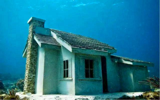 72 ngôi nhà bí ẩn dưới lòng biển sâu Trung Quốc-2