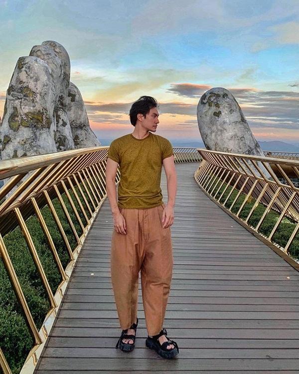 Nghi vấn NTK Lý Quí Khánh và người tình tin đồn Quang Vinh đang có kỳ nghỉ hè thân mật-1